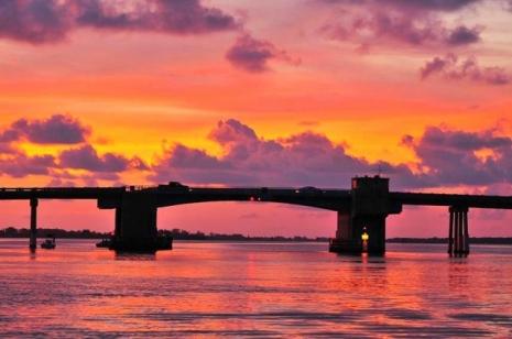 Tom Adams Brücke verbindet Manasota Key zu Ewood